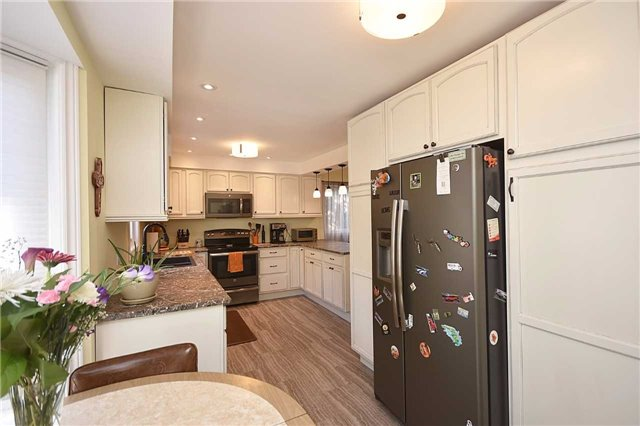 Detached at 1341 Canford Cres, Mississauga, Ontario. Image 19