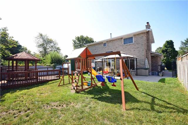 Detached at 1341 Canford Cres, Mississauga, Ontario. Image 11