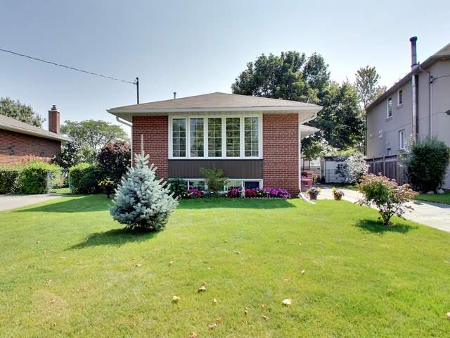 Detached at 50 Hollister Rd, Toronto, Ontario. Image 1