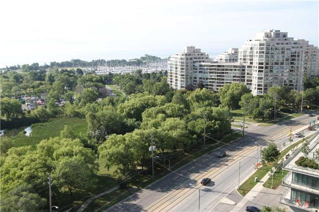 Condo Apartment at 2212  Lake Shore Blvd W, Unit 1703, Toronto, Ontario. Image 20