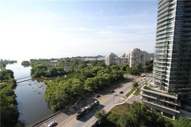 Condo Apartment at 2212  Lake Shore Blvd W, Unit 1703, Toronto, Ontario. Image 5