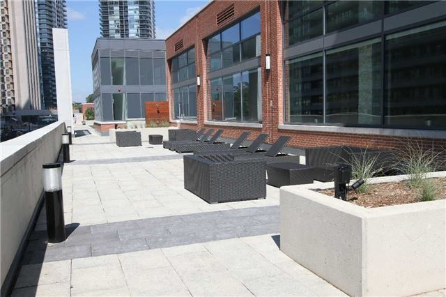 Condo Apartment at 2212  Lake Shore Blvd W, Unit 1703, Toronto, Ontario. Image 10