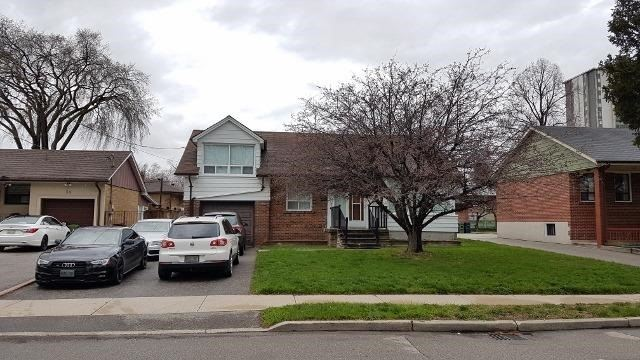 Detached at 32 Glen Long Ave, Toronto, Ontario. Image 1