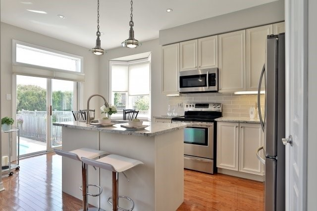 Semi-detached at 2271 Highcroft Rd, Oakville, Ontario. Image 19