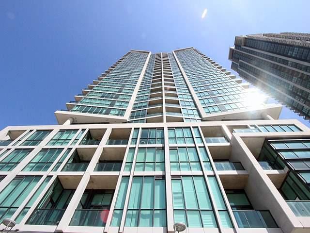 Condo Apartment at 3985 Grand Park Dr, Unit 2305, Mississauga, Ontario. Image 12