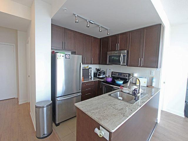 Condo Apartment at 3985 Grand Park Dr, Unit 2305, Mississauga, Ontario. Image 3