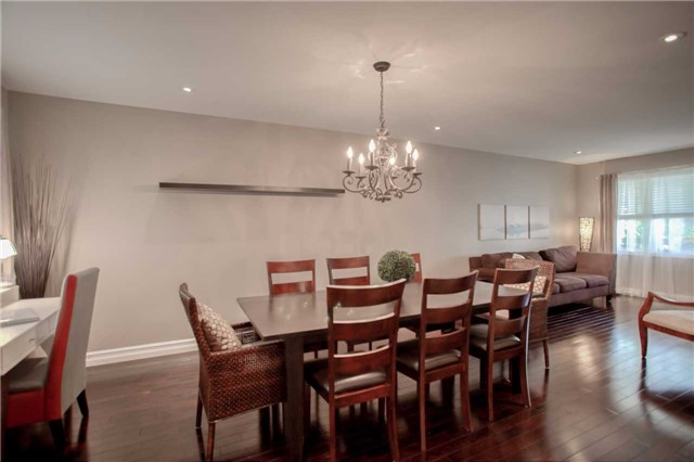 Detached at 7203 Windrush Crt, Mississauga, Ontario. Image 17