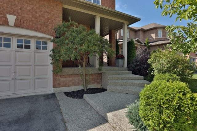 Detached at 2192 Stratus Dr, Oakville, Ontario. Image 12