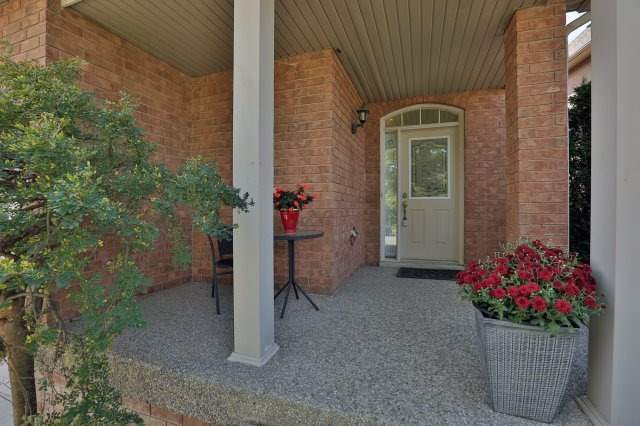 Detached at 2192 Stratus Dr, Oakville, Ontario. Image 14