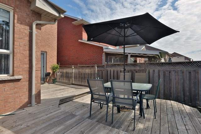 Detached at 2192 Stratus Dr, Oakville, Ontario. Image 11
