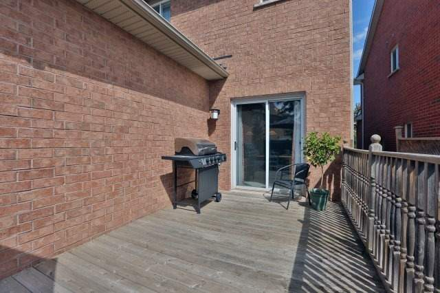 Detached at 2192 Stratus Dr, Oakville, Ontario. Image 13