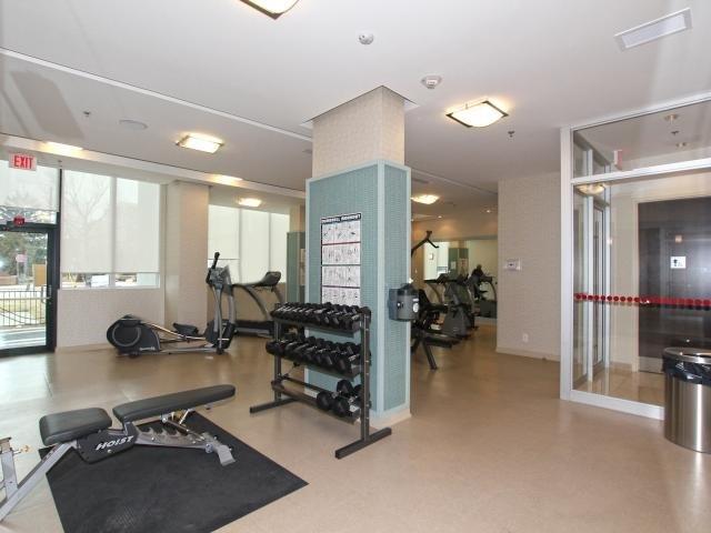 Condo Apartment at 100 John St, Unit 1901, Brampton, Ontario. Image 11