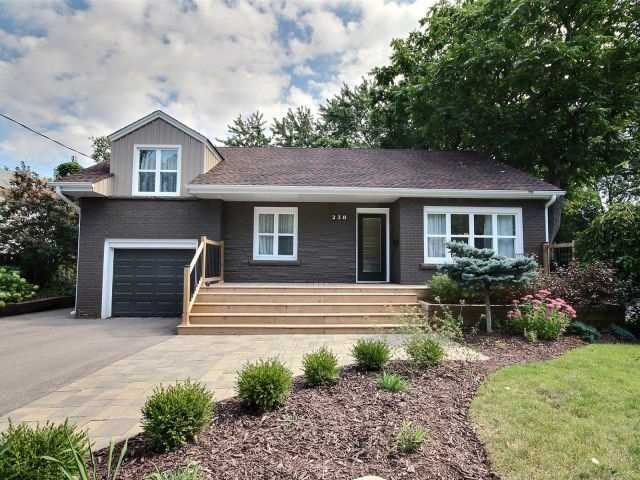 Detached at 238 Townsend Ave, Burlington, Ontario. Image 12