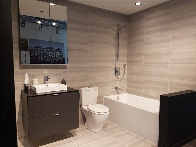 Condo Apartment at 784 The Queensway Ave, Unit Ph08, Toronto, Ontario. Image 7