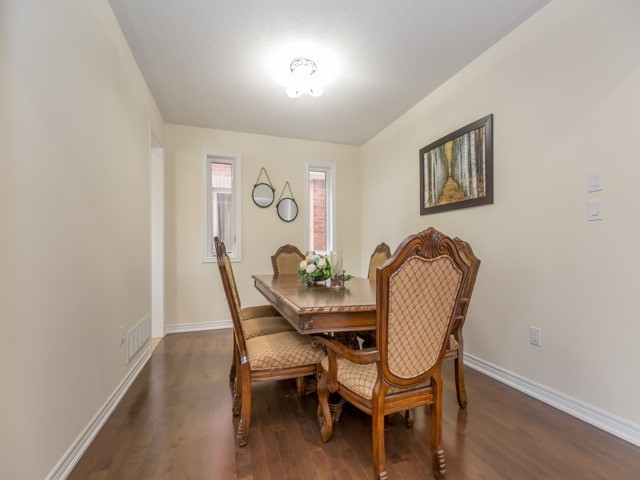 Detached at 75 Victoriaville Rd, Brampton, Ontario. Image 15