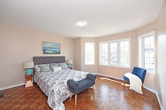 Detached at 7 River Heights Dr, Brampton, Ontario. Image 2
