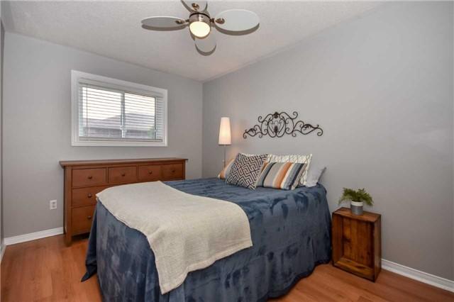 Detached at 192 Barber Dr, Halton Hills, Ontario. Image 2