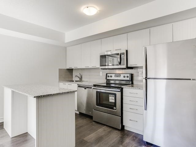 Condo Townhouse at 140 Long Branch Ave, Unit 33, Toronto, Ontario. Image 13