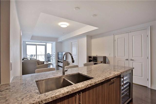 Condo Apartment at 3500 Lakeshore Rd W, Unit 516, Oakville, Ontario. Image 13