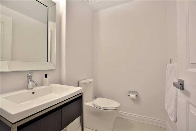 Condo Apartment at 3500 Lakeshore Rd W, Unit 516, Oakville, Ontario. Image 6