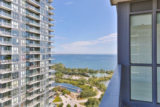 Condo Apartment at 2212 Lake Shore Blvd, Unit 3808, Toronto, Ontario. Image 1