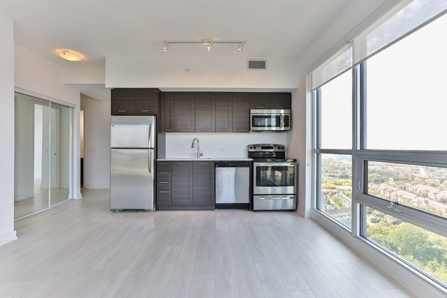 Condo Apartment at 2212 Lake Shore Blvd, Unit 3808, Toronto, Ontario. Image 17