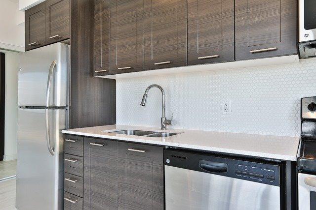 Condo Apartment at 2212 Lake Shore Blvd, Unit 3808, Toronto, Ontario. Image 18