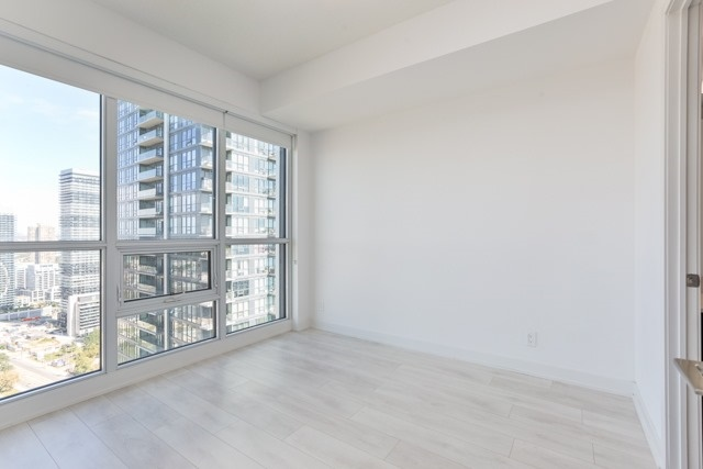 Condo Apartment at 2212 Lake Shore Blvd, Unit 3808, Toronto, Ontario. Image 19