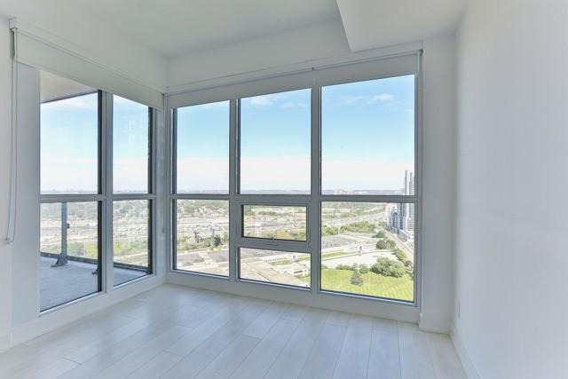 Condo Apartment at 2212 Lake Shore Blvd, Unit 3808, Toronto, Ontario. Image 2