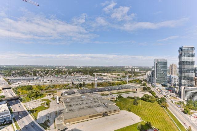 Condo Apartment at 2212 Lake Shore Blvd, Unit 3808, Toronto, Ontario. Image 9