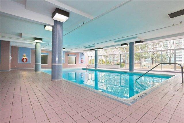 Condo Apartment at 285 Enfield Pl, Unit 2212, Mississauga, Ontario. Image 11