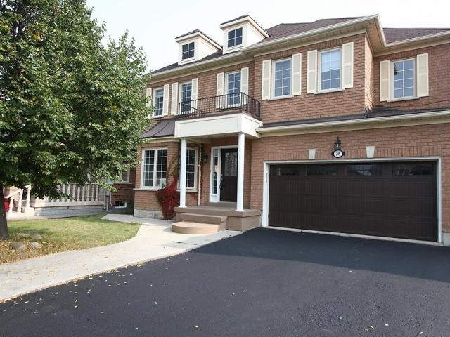 Detached at 28 Marbleseed Cres, Brampton, Ontario. Image 1