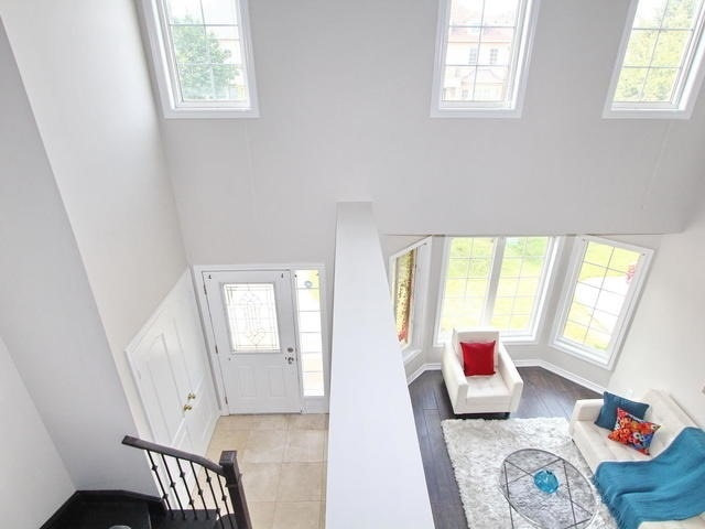 Detached at 28 Marbleseed Cres, Brampton, Ontario. Image 10