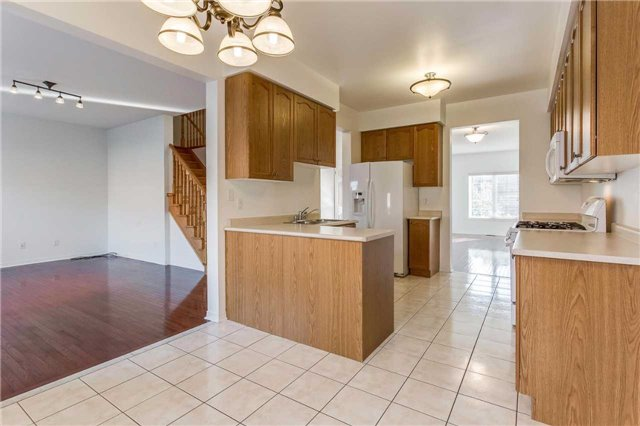 Detached at 106 Flurry Circ, Brampton, Ontario. Image 20