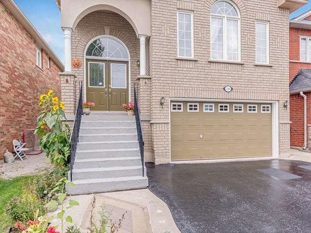 Detached at 7394 Watergrove Rd, Mississauga, Ontario. Image 12