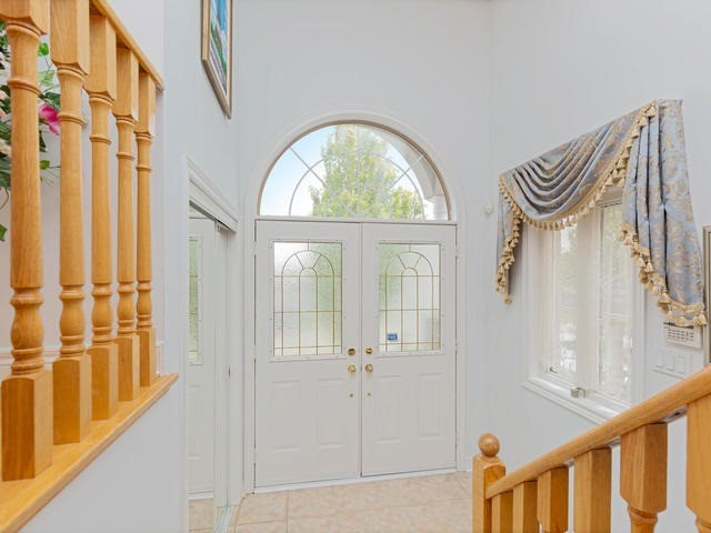 Detached at 7394 Watergrove Rd, Mississauga, Ontario. Image 14
