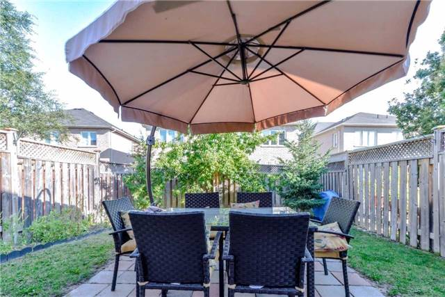Semi-detached at 7216 Gagliano Dr, Mississauga, Ontario. Image 10