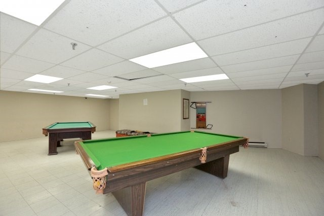 Condo Apartment at 20 Mississauga Valley Blvd, Unit 1309, Mississauga, Ontario. Image 9