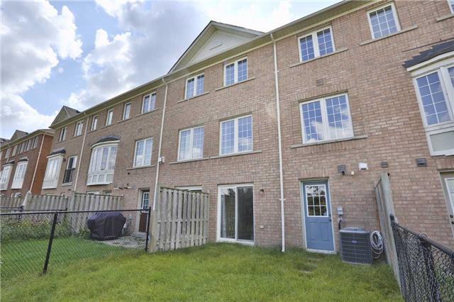 Townhouse at 271 Richvale Dr S, Unit 38, Brampton, Ontario. Image 9