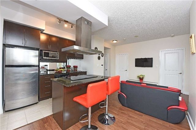 Condo Apartment at 60 Absolute Ave, Unit 1501, Mississauga, Ontario. Image 2