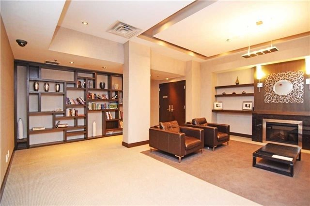 Condo Apartment at 60 Absolute Ave, Unit 1501, Mississauga, Ontario. Image 8