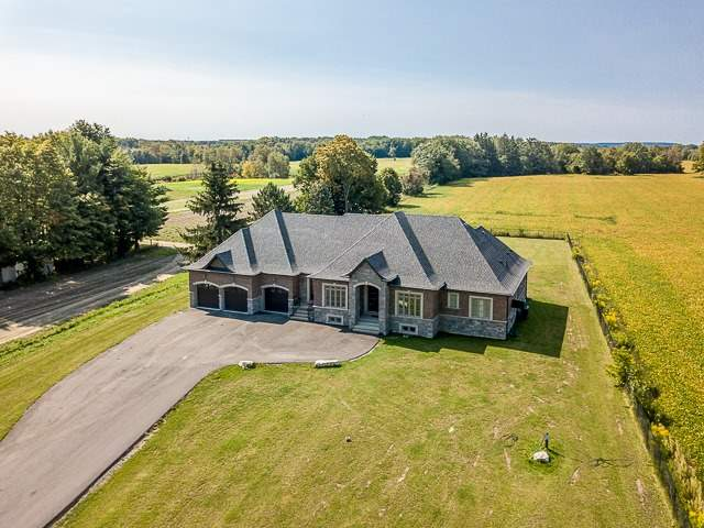 Detached at 15804 Centreville Creek Rd, Caledon, Ontario. Image 1