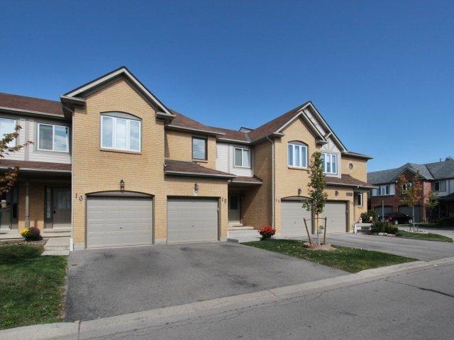 Condo Townhouse at 2940 Headon Forest Dr, Unit 16, Burlington, Ontario. Image 11