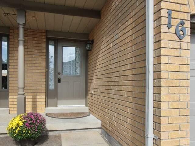 Condo Townhouse at 2940 Headon Forest Dr, Unit 16, Burlington, Ontario. Image 12