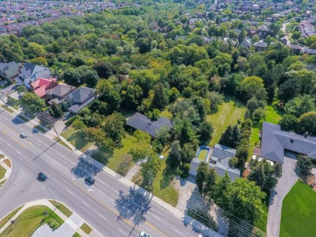 Detached at 5264 Creditview Rd, Mississauga, Ontario. Image 14