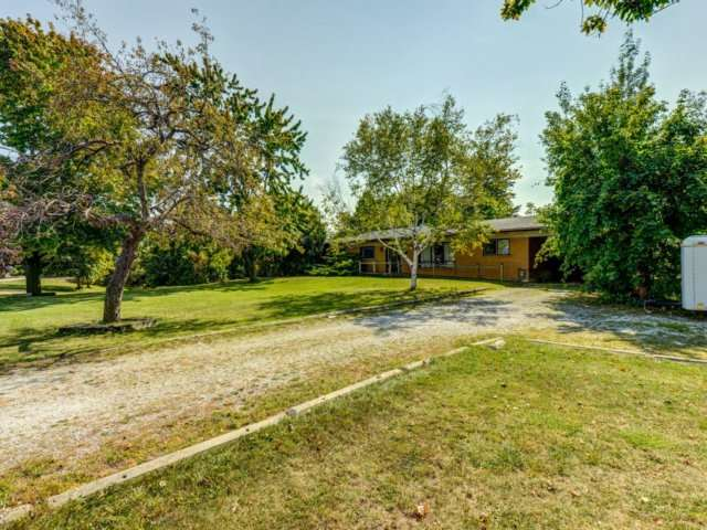 Detached at 5264 Creditview Rd, Mississauga, Ontario. Image 17