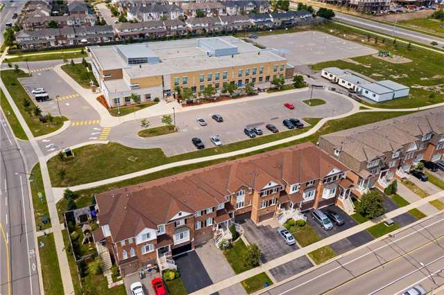 Townhouse at 3093 Highvalley Rd, Oakville, Ontario. Image 12