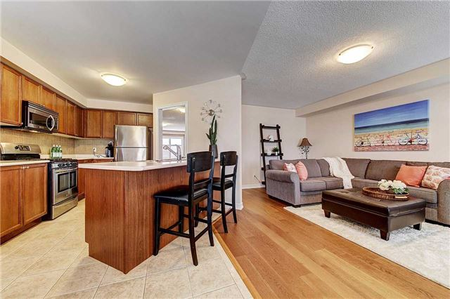 Townhouse at 3093 Highvalley Rd, Oakville, Ontario. Image 18