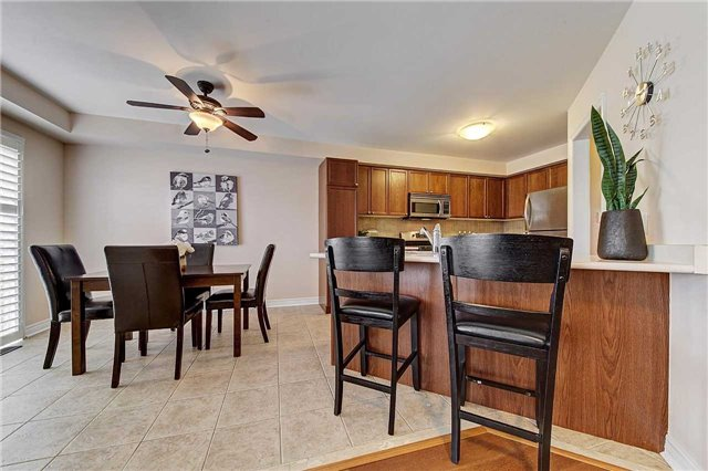 Townhouse at 3093 Highvalley Rd, Oakville, Ontario. Image 19