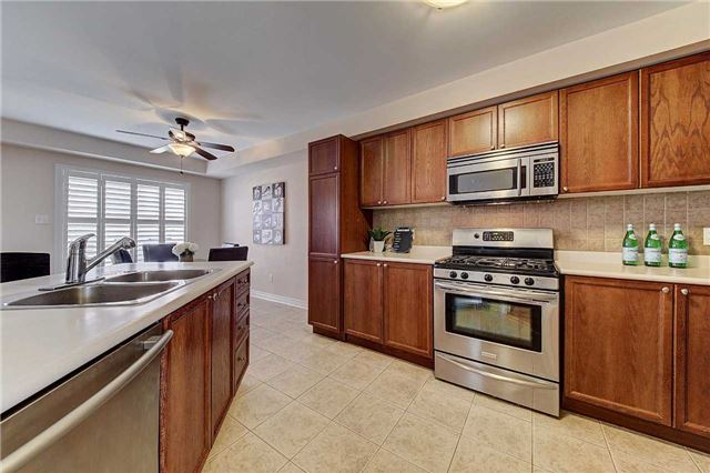 Townhouse at 3093 Highvalley Rd, Oakville, Ontario. Image 20